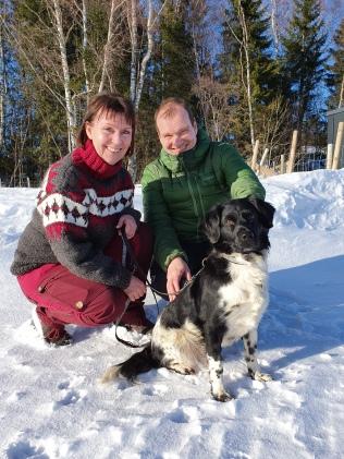 Berit Johansen og Rune Larsen med Rozzie